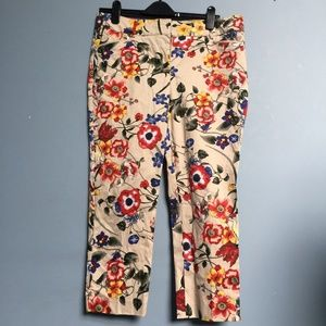 NY & Co. Floral Crop Pants